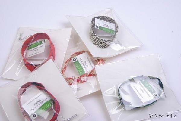 Armband aus Bast, Ø ca. 6.00 cm, 1,5 cm breit