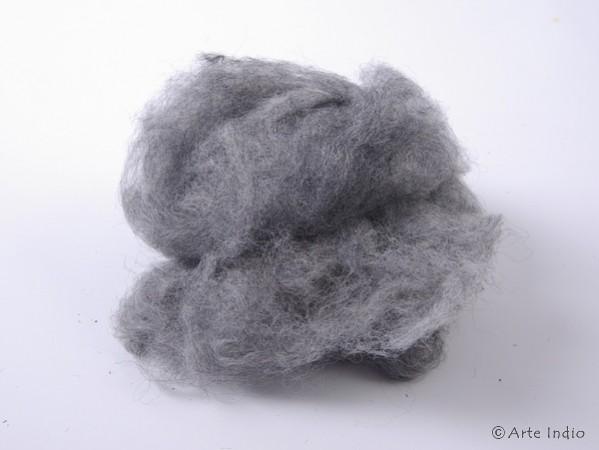 40g 100% Alpaka Wolle. Unbehandelt. Grau