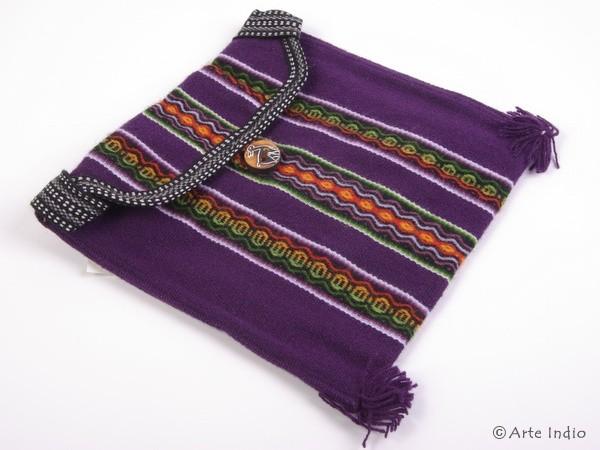 Tasche Huaraz mit Klappe ca. 22 cm x 22 cm