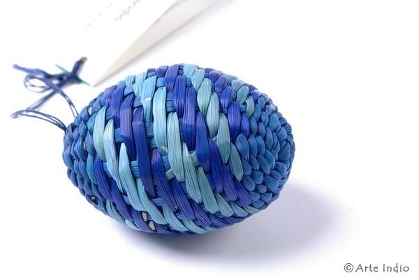 Ei aus Binsen. Blau, blau