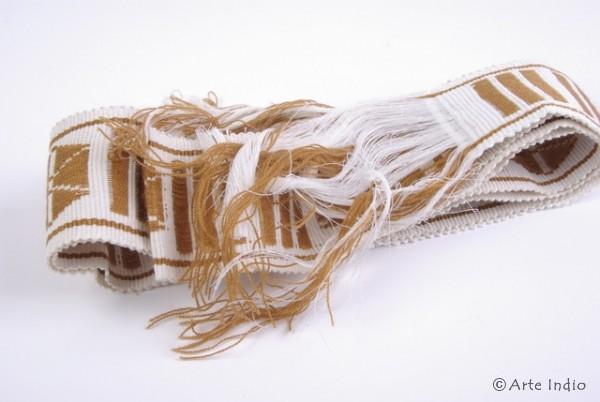 Decorative ribbon made of sheep's wool
